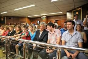 Familiares de Juan Pablo Santiago Gioja asistieron a la sesión para acompañar al pariente